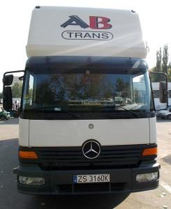 Mercedes-atego-1223